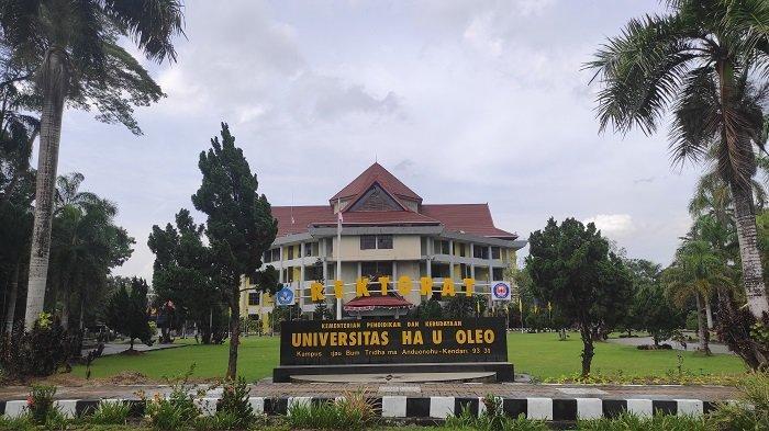 Suasana kampus Universitas Halu Oleo (UHO) jelang pendaftaran dan pemilihan Rektor.