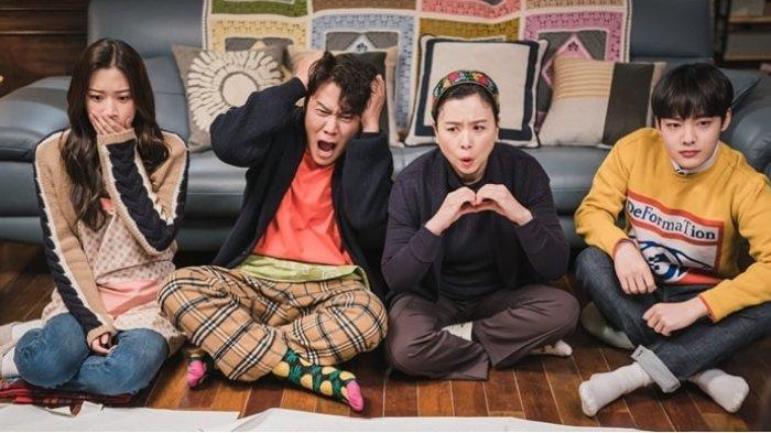 Cuplikan drama Korea True Beauty Episode 10