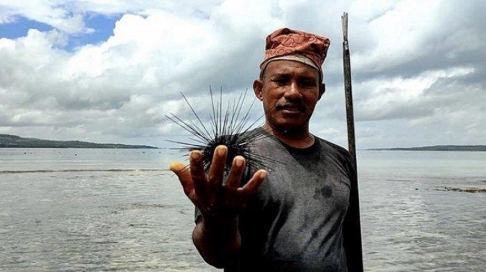Langkelu dan Daeng Lala Pewaris Tradisi Memancing Kuno dari Selat Tersempit & Terdalam Dunia