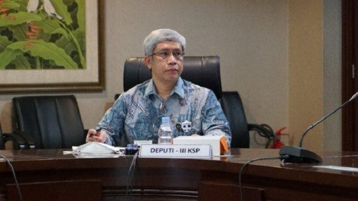 Deputi III Kepala Staf Kepresidenan Bidang Perekonomian, Dr Panutan S. Sulendrakusuma