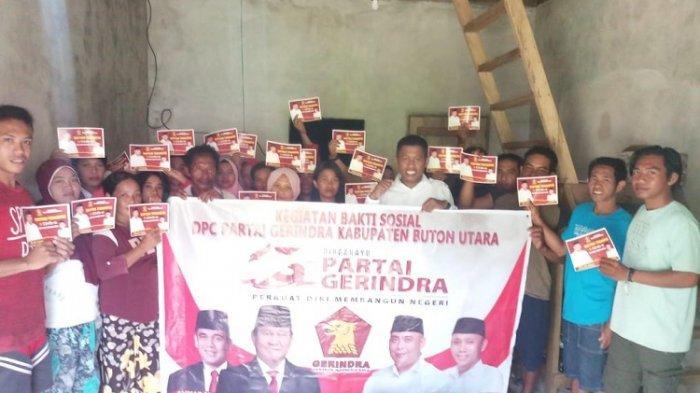 Ketua DPD Gerindra Sultra Beri Bantuan Paket Sembako untuk Warga Buton Utara