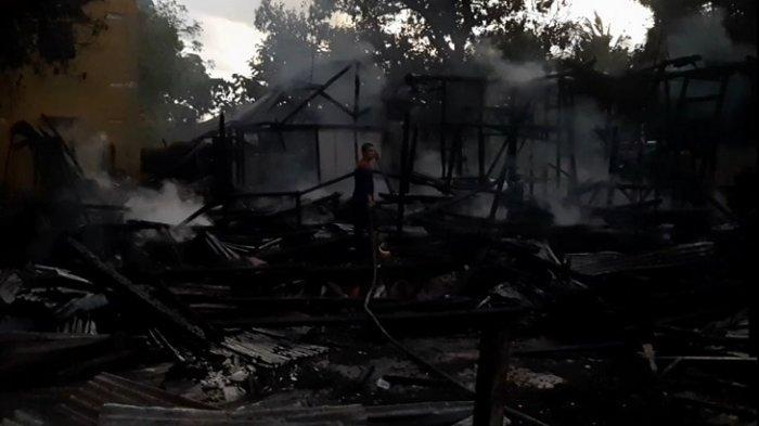Kebakaran Pemukiman di Baubau, Dua Rumah Dinas Ludes Terbakar, Tak ada Korban Jiwa