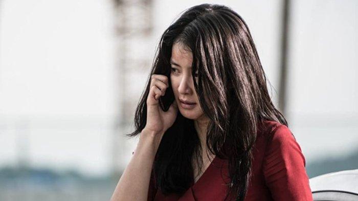 Sinopsis Film Korea No Mercy: Perjuangan Lee Si Young Selamatkan Sang Adik
