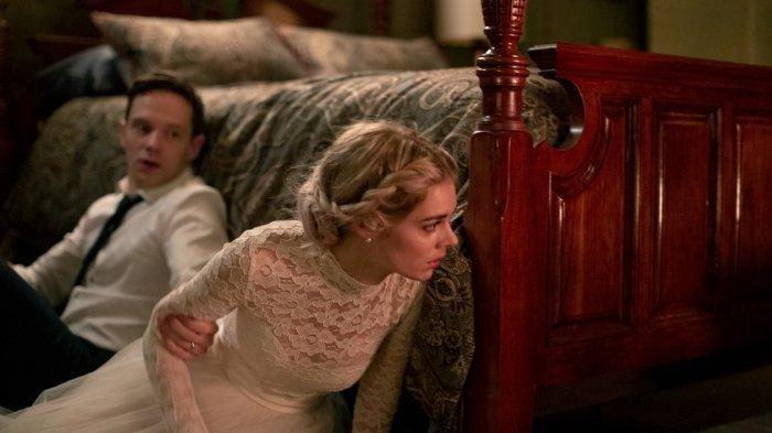 Sinopsis Film Ready or Not, Kesialan Samara Weaving Menikah dengan Anggota Keluarga Le Domas