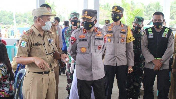 Personelnya Kurang Terlibat Dalam Penanganan Covid-19, Kapolda Yan Sultra Tinjau Vaksinasi di Konawe