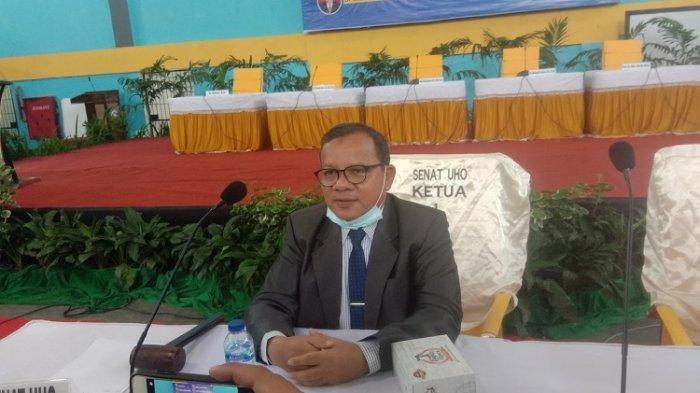 Ditanya Keberadaan Rektor UHO Prof Zamrun, Ketua Senat Universitas Halu Oleo Prof Takdir Tak Tahu