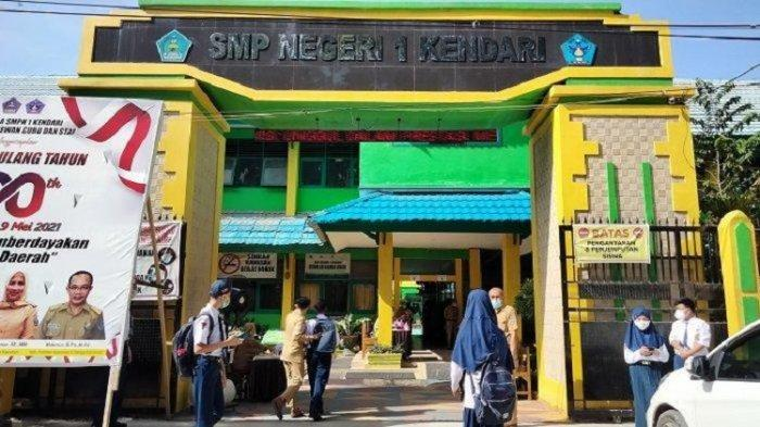 PPKM Mikro di Kendari, Pengenalan Sekolah untuk SD dan SMP Digelar Secara Daring