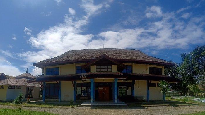 Gedung SKB Unaaha di Konawe yang Dahulu Tempat Latihan Atlet Bulutangkis Apriyani Rahayu