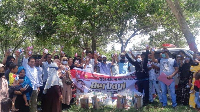 Peduli Dampak Covid, DPD Gerindra Sultra Salurkan Bantuan Sembako Bagi Warga Kolaka