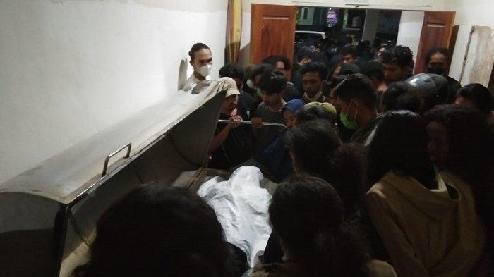 Seorang Pemuda di Kendari Tewas Tersengat Listrik saat Pasang Baliho di Toko Kecantikan