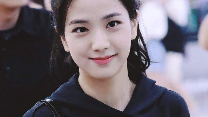 Jisso Black Pink memiliki nama asli Kim Jisoo