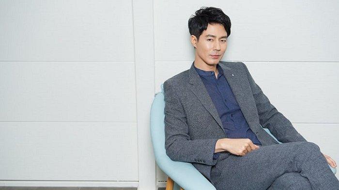 7 Rekomendasi Film yang Dibintangi Aktor Jo In Sung, Pemeran dalam Drama What Happened in Bali