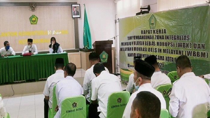 Kepala Kemenag Baubau Tegaskan Bawahannya Tak Terlibat Pungli dan Korupsi, Evaluasi Tiap 3 Bulan