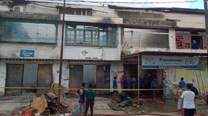 Kronologi Kebakaran 5 Ruko Dekat Pasar Sentral Kota Lama Kendari, Kerugian Lebih Rp 6 Miliar