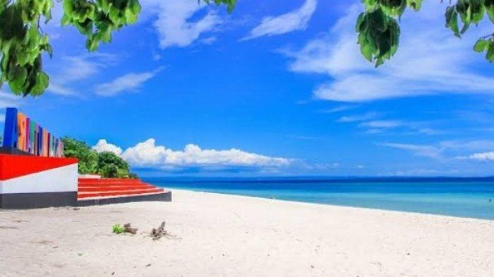 Kunjungi Pantai Mutiara Buton, Menikmati Indahnya Pasir Putih dan Eksotisme Laut Biru