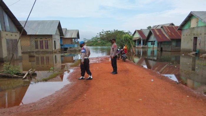 Genangan Air di Lokasi Banjir Pondidaha Konawe Mulai Surut, Polisi Ingatkan Warga Tetap Waspada