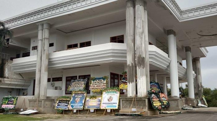 Kondisi Terkini Rumah Duka Agista Ariany Bombay Istri Gubernur Sultra Ali Mazi, Terpantau Sepi