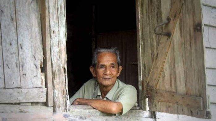 Lambatu Tutup Usia, Tapol PKI Pendiri SMP Negeri 1 Kapotori Kabupaten Buton