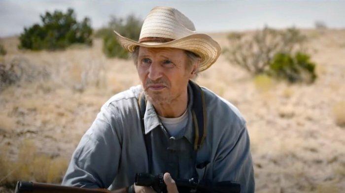 Sinopsis Lengkap The Marksman, Aksi Veteran Perang Liam Neeson Selamatkan Bocah Meksiko