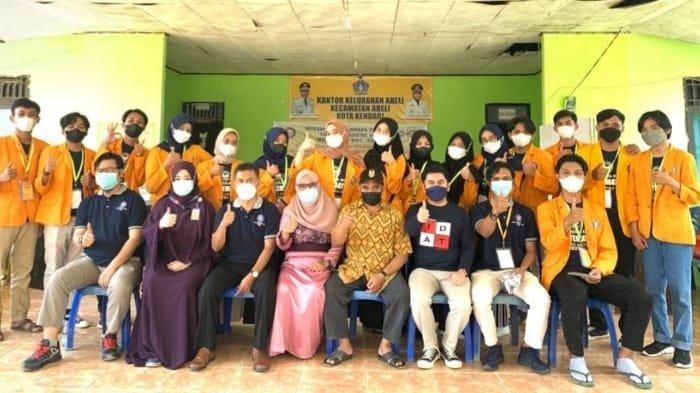 Sosialisasi ini dirancang dosen pembimbing dan mahasiswa KKN Tematik yang berasal dari Fakultas Farmasi UHO.