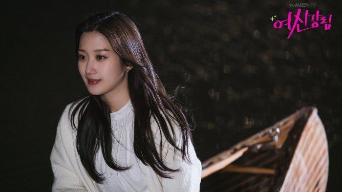 Sinopsis Drama Korea True Beauty Episode 8: Titik Balik Hubungan Jukyung, Suho, dan Seojun