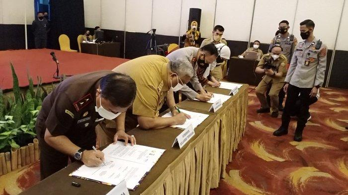Penandatanganan MoU Penanganan Tindak Pidana Korupsi Sultra Antara Polda, Kejati, BPKP, Molor 2 Jam
