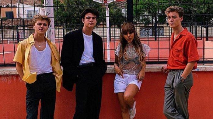 Lirik Lagu Know Me Too Well - New Hope Club feat Danna Paola, Lengkap Terjemahan Indonesia