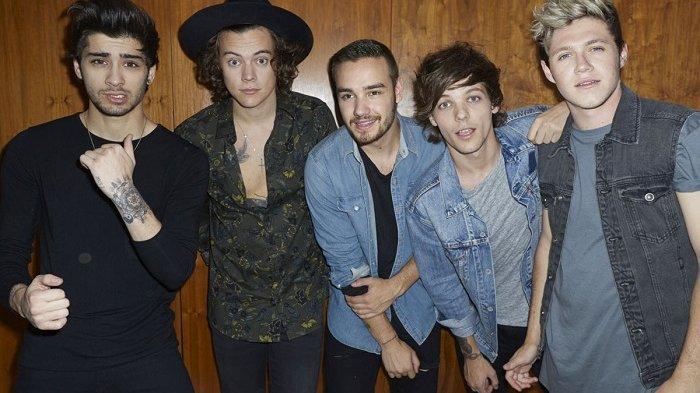 Chord dan Lirik Lagu Night Changes - One Direction, Single dari Album Four, Dirilis 2014 Silam