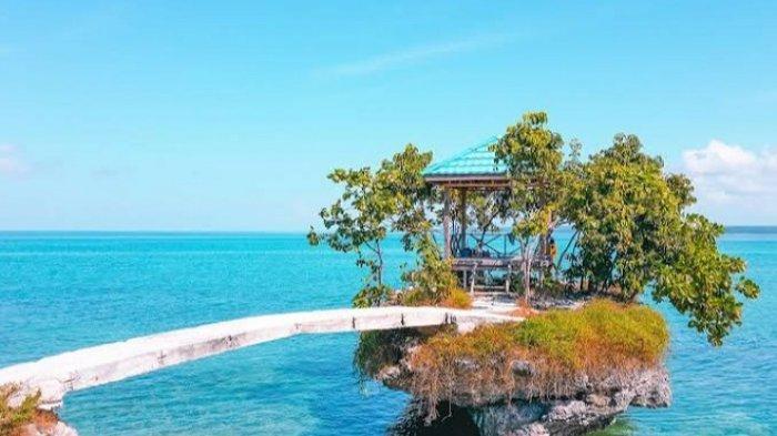 Pantai Katambe Desa Madongka Buton Tengah, Panorama Pasir Putih dan Hamparan Laut Biru