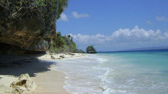 Nikmati Keindahan Pantai Palahidu Wakatobi, Suguhkan Perpaduan Wisata Alam dan Sejarah