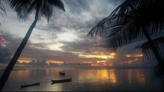 Suguhkan Panorama Sunset Manjakan Mata, Nikmati Waktu Libur di Pantai Wakarumende Wakatobi