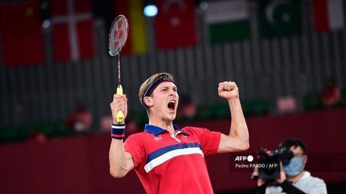 Final Olimpiade Tokyo 2020: Viktor Axelsen Raih Medali Emas setelah Kalahkan Chen Long