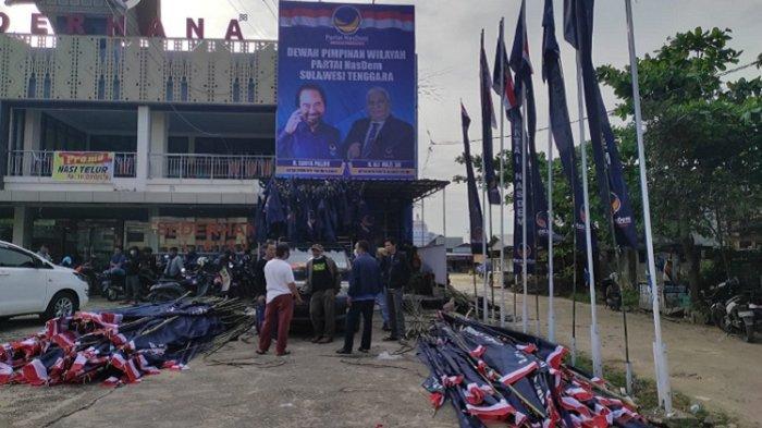 Ribuan Bendera & Umbul-umbul Dipasang Jelang Rakorwil DPW NasDem Sultra, dari Bandara hingga Claro