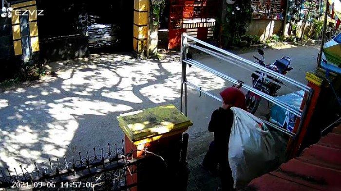 Beredar Video Komplotan Emak-emak Diduga Pemulung Jarah Rumah Warga di Baubau