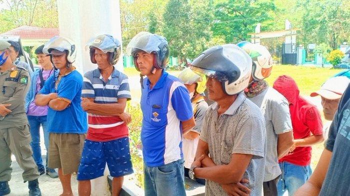 Penambang Pasir Tradisional di Konawe Demo DPRD, Protes Tak Dilibatkan Pembangunan Bendungan Ameroro