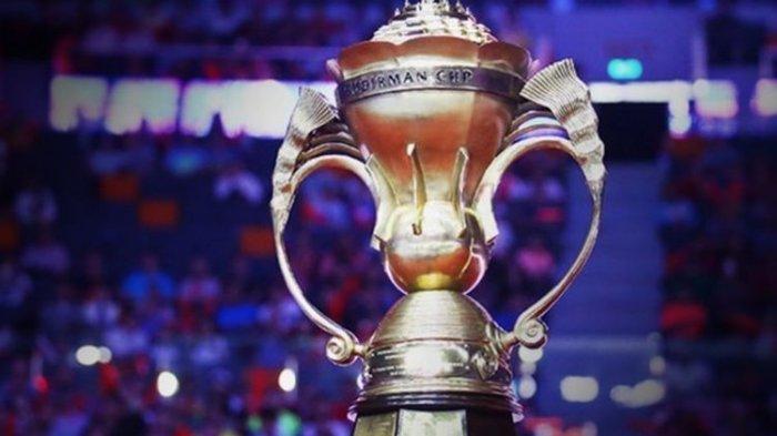 Trofi Piala Sudirman yang diperebutkan pada kejuaraan beregu campuran antar negara, Piala Sudirman 2017, di Gold Coast, Australia, 21-28 Mei.(DJARUM BADMINTON)