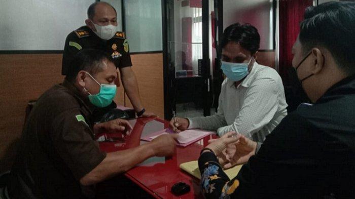 Penyebab Molornya Pelimpahan Perkara Dugaan Korupsi Izin Tambang PT Toshida Indonesia ke Pengadilan