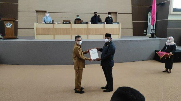 Pemerintah Kota Kendari Serahkan Dokumen Rancangan Perubahan APBD 2021 ke DPRD