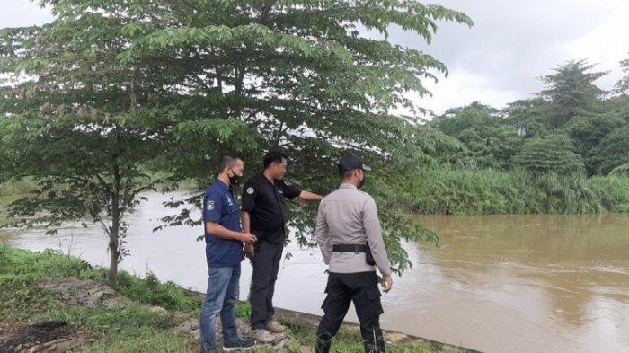Aparat Polsek Wonggeduku Konawe Imbau Warga Waspada Luapan Air di Sungai Konaweeha