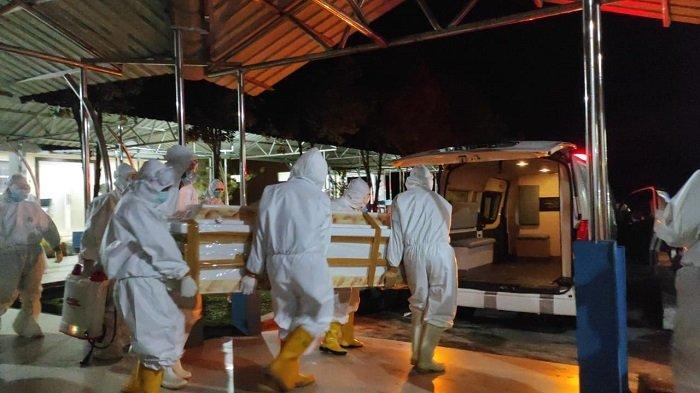 Pemakaman Jenazah Istri Gubernur Sultra Agista Ariany Hanya Disaksikan Keluarga dan Pejabat