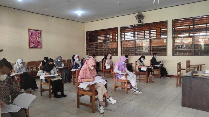 Universitas Mandala Waluya Kendari Laksanakan Seleksi PMB, 157 Peserta Ikut secara Offline