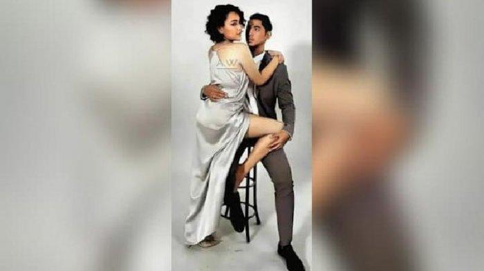 Pose mesra Arya Saloka dan Amanda Manopo yang beredar di media sosial