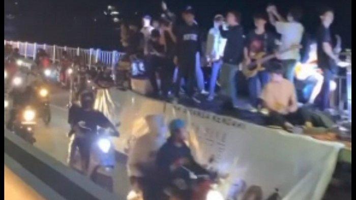 Konvoi Ratusan Siswa SMA di Jembatan Teluk Kendari Tak Kantongi Izin, Kapolres Kendari Bungkam