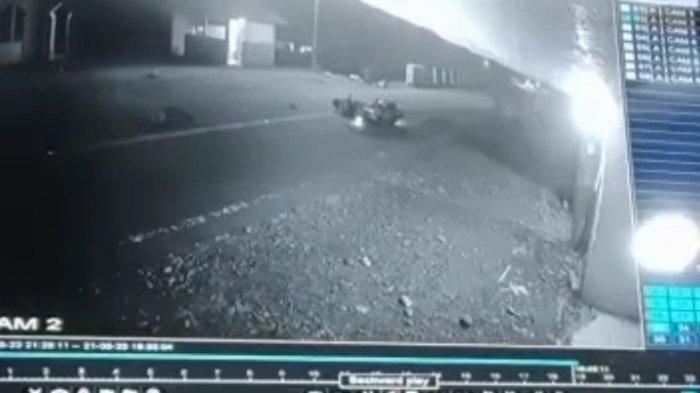 Detik-detik Tabrakan Beruntun di Kolaka Utara, 1 Pengendara Motor Tewas, Mobil Melarikan Diri