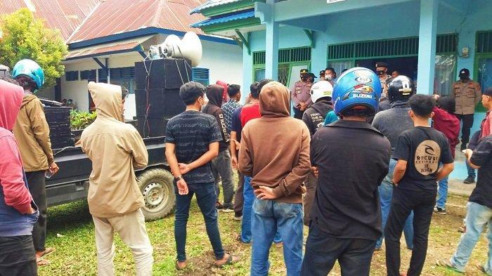 Masyarakat Anggaberi Ramai-ramai Demo PDAM Konawe, Sebut Pelayan Air Bersih Buruk Sejak 2019