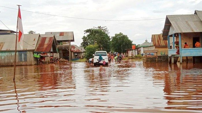 38 Rumah di Desa Laloika dan Wonua Monapa Konawe Terendam Akibat Banjir, Warga Selamatkan Perabotan