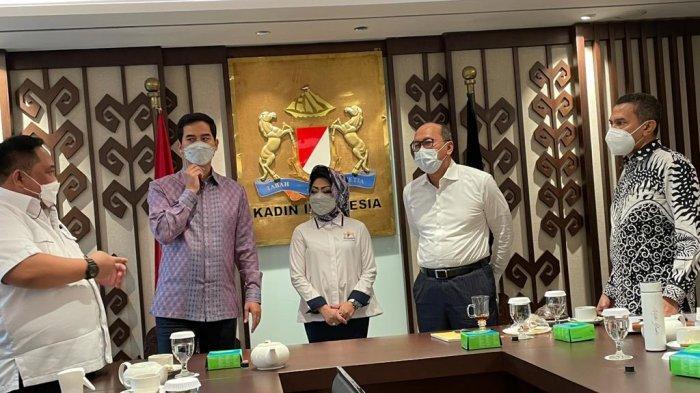 Ketua Kadin Sultra Anton Timbang dan Ketua Umum Rosan Roeslani Bahas Munas Kadin 2021 di Kendari
