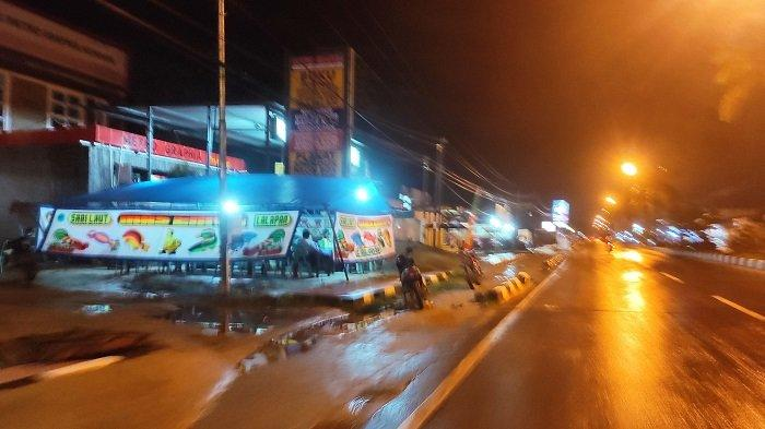 Rumah Makan dan Pedagang Pakaian di Kelurahan Anduonohu Masih Buka di Atas Pukul 20.00 WITA