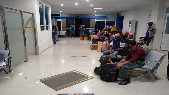 Satgas Covid-19 Baubau Sita 31 Sertifikat Vaksin Palsu Milik Penumpang KM Dobonsolo asal Jayapura