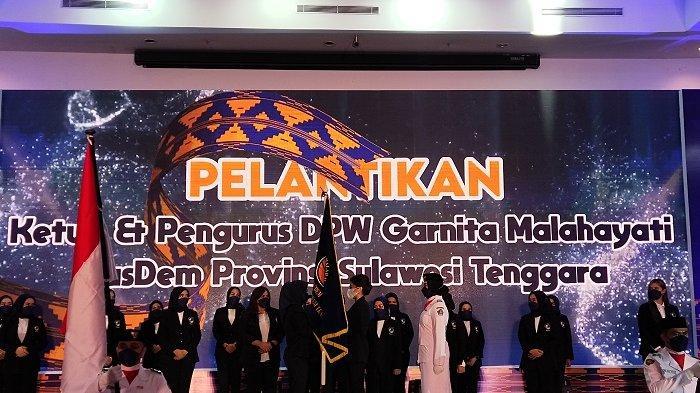 Sitya Giona Nur Alam, putri mantan Gubernur Sulawesi Tenggara (Sultra), Nur Alam resmi dilantik menjadi Ketua Dewan Pimpinan Wilayah (DPW) Garnita Malahayati Nasdem Sultra.